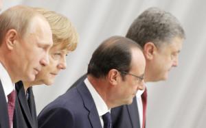 Путин обсудил с Меркель и Порошенко ситуацию на Украине