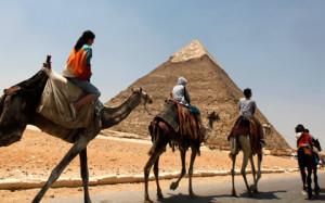 Число российских туристов в Египте упало на треть