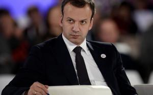 Дворкович не исключил получения китайцами доли в месторождениях