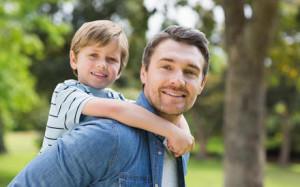 Как подружить детей с занятым папой?
