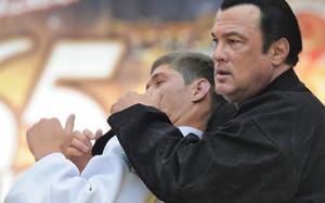 Стивен Сигал научит казахстанских детей айкидо