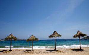 Греческие курорты жалуются на потерю туристов