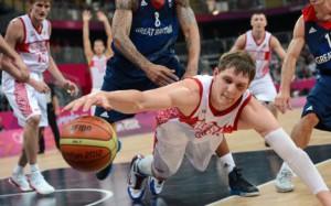 ФИБА дисквалифицировала сборные России по баскетболу