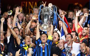 «Интер» победил «Милан» и единолично возглавил чемпионат Италии