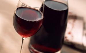 Красное вино помогает контролировать уровень сахара в крови при диабете