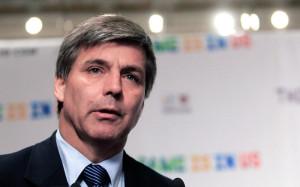 ФИФА отстранила на семь лет главу оценочной группы ЧМ-2018