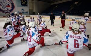 Женская сборная России по хоккею проиграла команде Финляндии в стартовом матче ЧМ