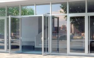 Алюминиевые двери отечественных производителей – гарантированное лучшее качество