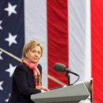 Клинтон запустила сайт против Трампа