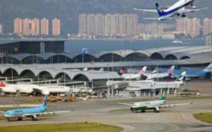 Летать из Гонконга станет дороже