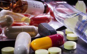 Минпромторг предлагает внедрить трехэтапную процедуру госзакупок лекарств