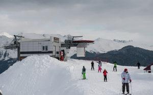 Россияне стали чаще ездить на отечественные горнолыжные курорты