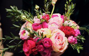 Доставка цветов : незабываемый подарок