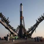 """На стартовой площадке Байконура установили ракету """"Союз МС-04"""""""