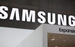 Samsung разрабатывает первый в мире смартфон с алкотестером