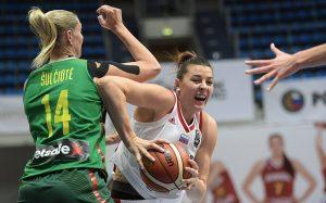 Наши девушки с трудом победили Литву в матче отбора на ЧЕ-2019
