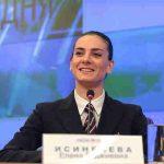 Елена Исинбаева вновь стала мамой