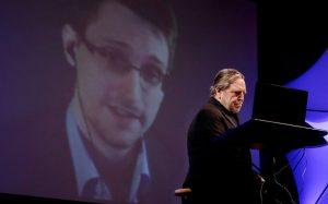 Скончался один из «отцов» интернета Джон Барлоу