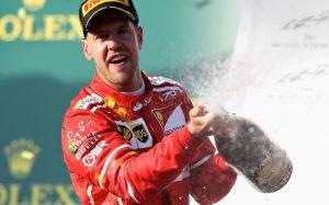 Феттель выиграл Гран-при Бахрейна, Райкконен сбил механика «Феррари» и сошел, Сироткин добрался до финиша