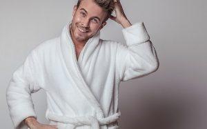Чем отличается мужской халат для дома от банного