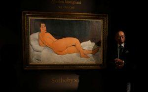 Картину Модильяни продали на аукционе Sotheby's за рекордные $157,2 млн