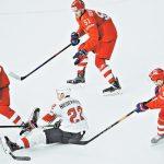 Ведущий форвард сборной России вернулся в состав после болезни и помог обыграть швейцарцев