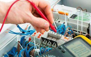 Электромонтажные работы — что следует знать при ремонте и замене электрических сетей в здании?
