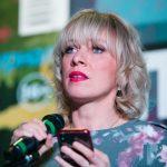 Мария Захарова рассказала, как пишет тексты песен