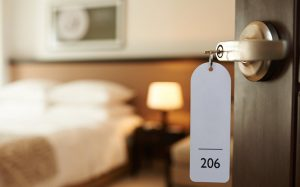 Названо самое выгодное время для бронирования отелей