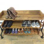 С Полками для обуви от интернет-магазина plastic-shop.in.ua - в прихожей больше не будет беспорядков