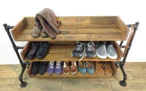 С Полками для обуви от интернет-магазина plastic-shop.in.ua — в прихожей больше не будет беспорядков