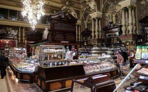 Эксперты: иностранные туристы будут больше тратить в крупных городах России
