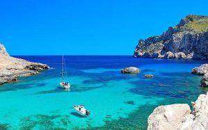 Бронирование туров в Испанию выросло на 60%