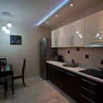Какой потолок лучше для кухни?