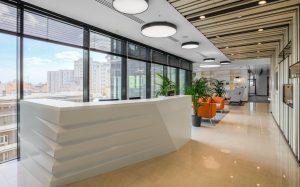 Новый офис в бизнес-центре. Что выгоднее – покупка или аренда?