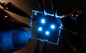 В России создана технология печати светодиодных матриц для дисплеев смартфонов