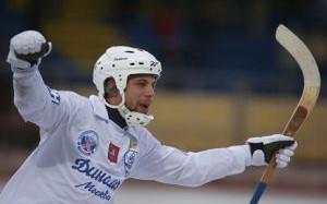 Российские клубы стартуют в розыгрыше Кубка мира по хоккею с мячом