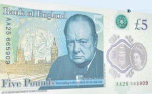 В Великобритании введены в обращение 5-фунтовые пластиковые купюры