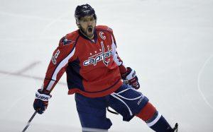«Прирожденный бомбардир»: звезды хоккея о достижении Овечкина в НХЛ
