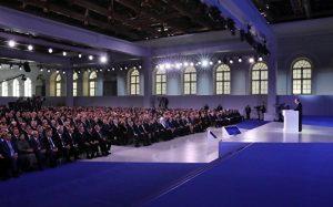 Путин призвал разработать законы для применения передовых технологий
