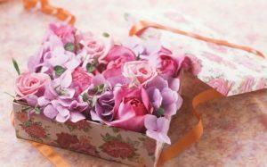 Доставка цветочной композиции для любимой девушки