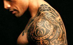 Татуировка в России