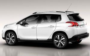 Обзор автомобиля Peugeot 2008