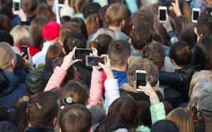 Эксперты перечислили самые бесполезные функции телефонов