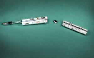 Разбитый медицинский термометр: что делать