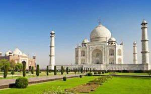 Цены растут даже на посещение индийского Тадж-Махала