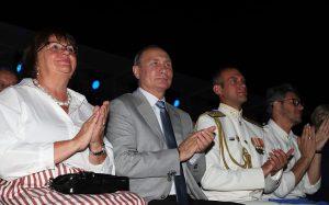 Путин посетил вечер-открытие фестиваля «Опера в Херсонесе»