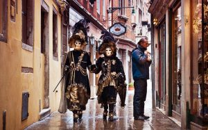 До начала Венецианского карнавал осталось 10 дней