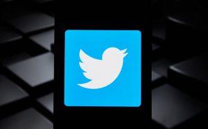 Пользователи Twitter смогут добавлять медиафайлы в ретвиты