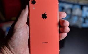 Где заказать комплектующие, аксессуары и расходные материалы для iPhone XR?